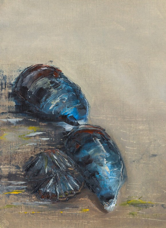 oil on paper, 3 mussels dark blue reds